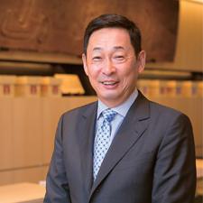 山本 嘉一郎 氏